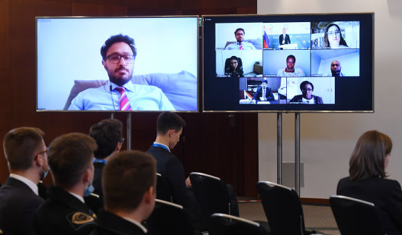 BRICS young scientists presented BRICS  energy outlook
