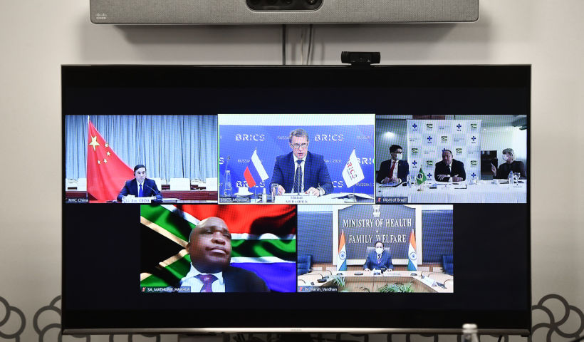 Министры здравоохранения стран БРИКС подвели итоги совместной работы в эпоху COVID-19